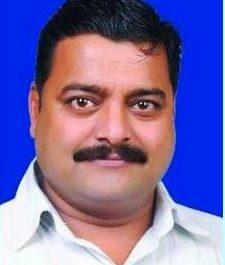 Unidentified assailants murder journalist in India :