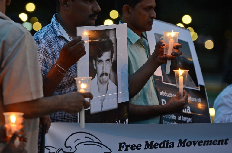 Sri Lankan journalist intimidated covering protest
