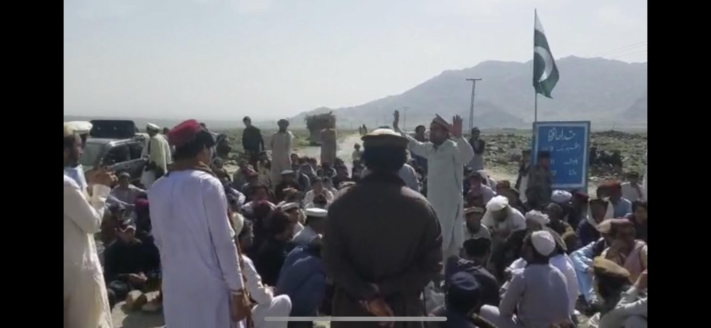 Pakistan: Fatwa puts journalists in serious danger